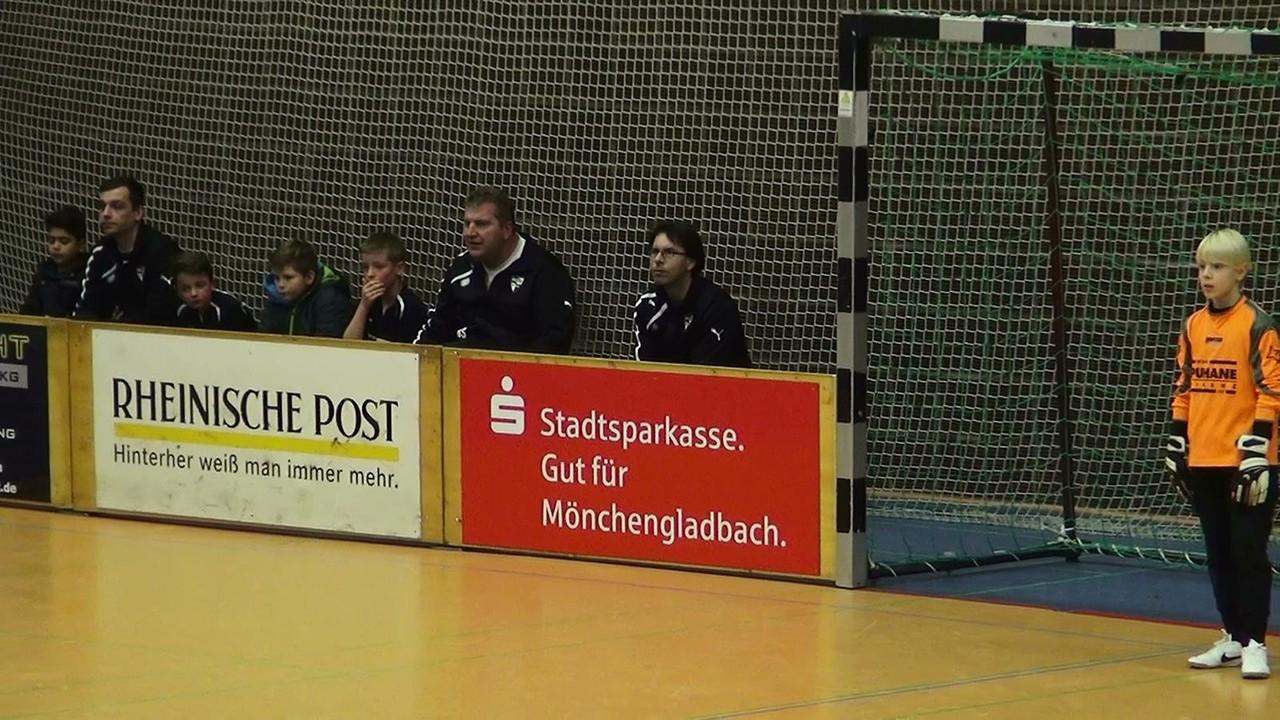 1. Platz in der Vorrunde der Hallenstadtmeisterschaft am 21.12.2013