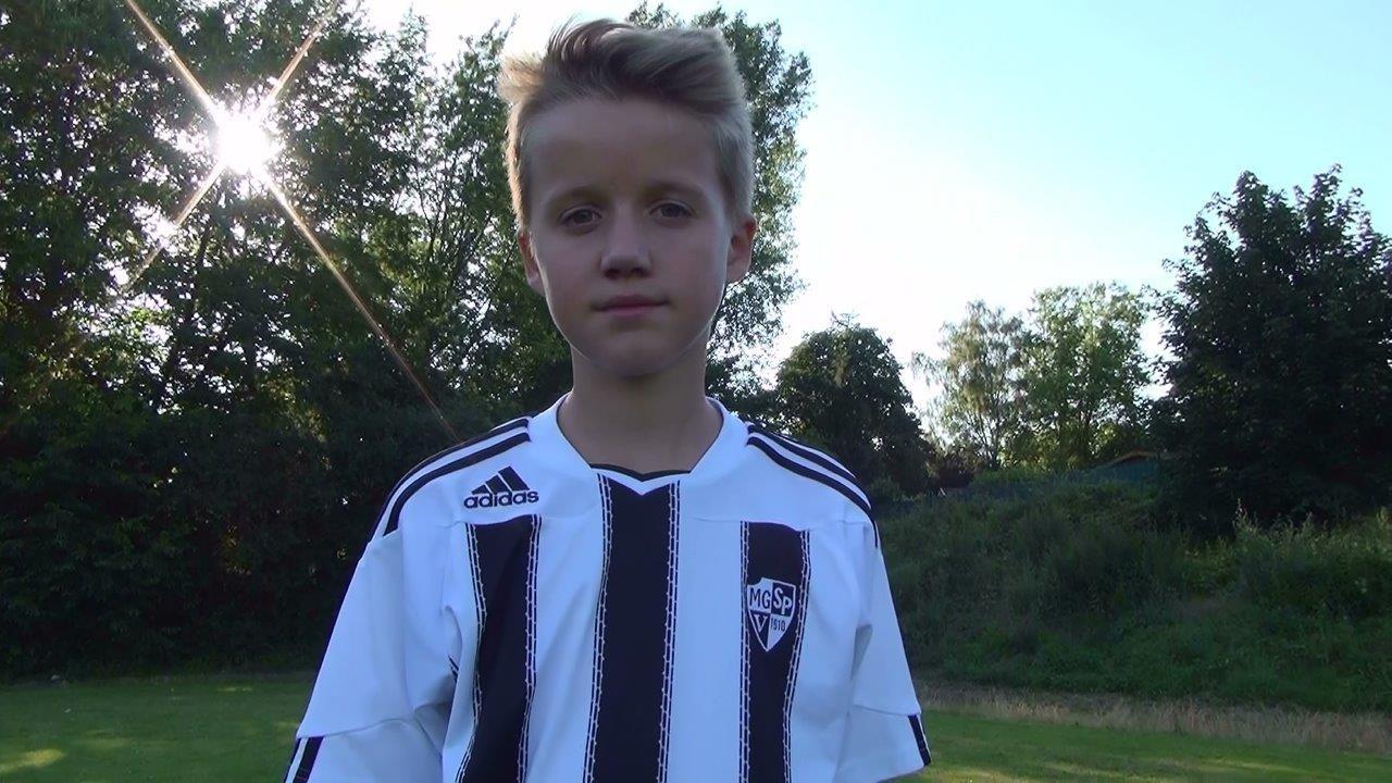 Joel der Fußballer