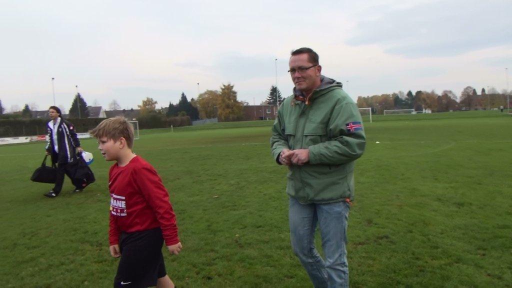 Meisterschaftsspiel am 10.11.2012 in Giesenkirchen 3:2 gewonnen