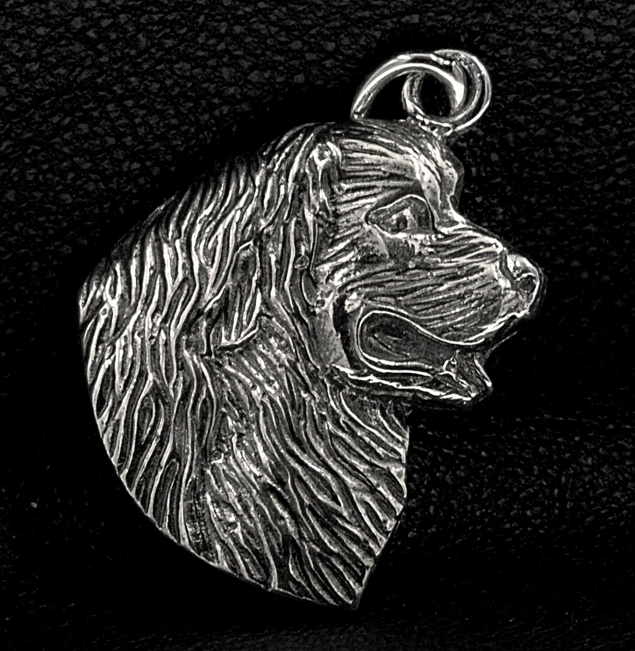 Neufundländer in 925er Sterling Silber als Scherenschnitt