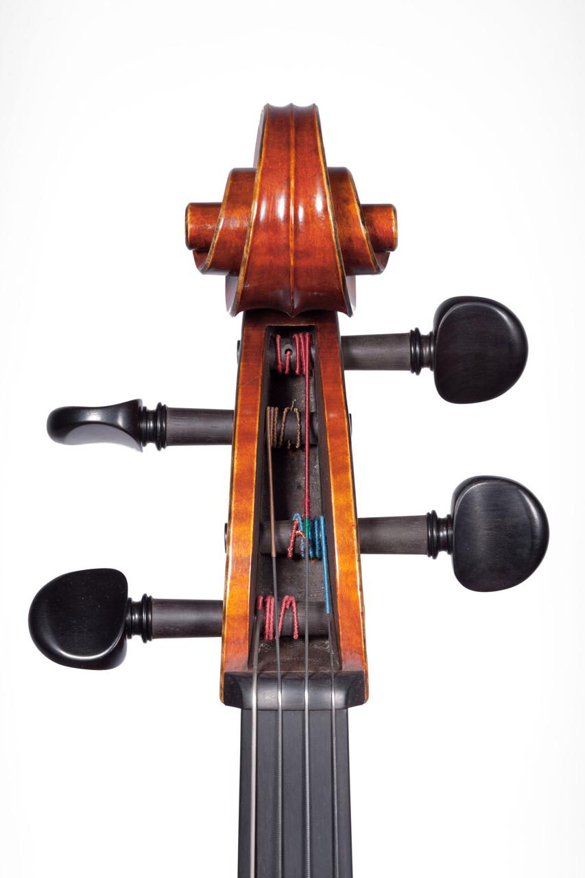 Violoncello nach Antonio Stradivari Forma B (2010/CH) , Photos: Thomas Zwillinger