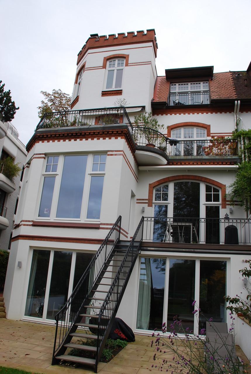 Sanierung Fensterelemente nach historischer Vorgabe