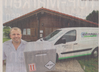 Spezielle Gefahrgutverpackung ist teilweise notwendig: Thomas Aurich, Inhaber der Logistik-Firma CORPORATE Logistik vor seinem Büro.