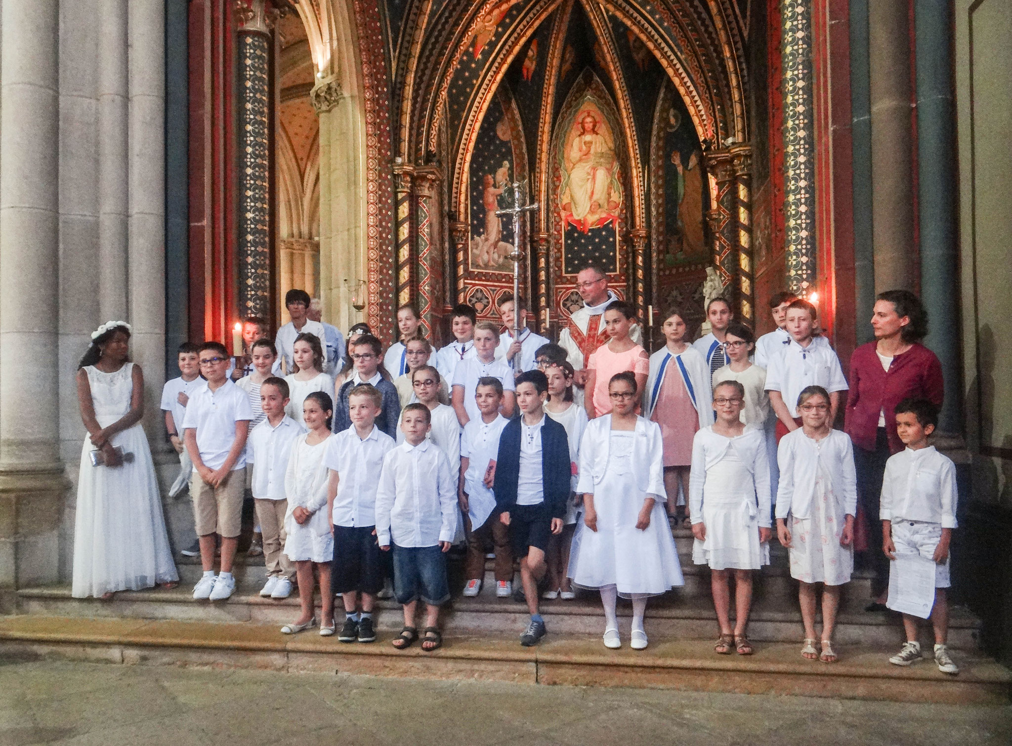 Cliquez pour accès à: Première Communion 3 juin 2018