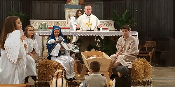 Cliquez pour accès à: Messe Noël Peyrieu 24 dec 2018