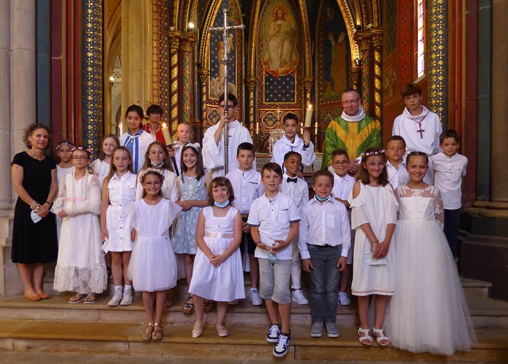 Clic pour accès à: 1ère Communions 20 juin 2021