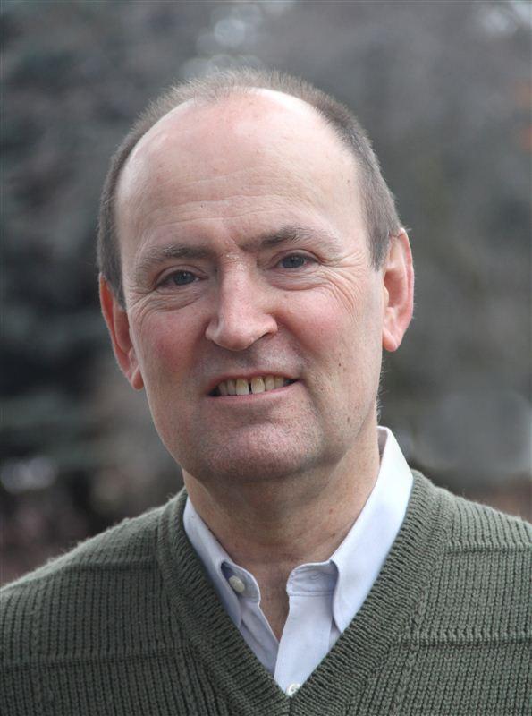 Giải Nobel Văn học - PGS. Giáo sư Oliver Lovesey, Tiếng Anh, Khoa Nghiên cứu Sáng tạo và Quan trọng