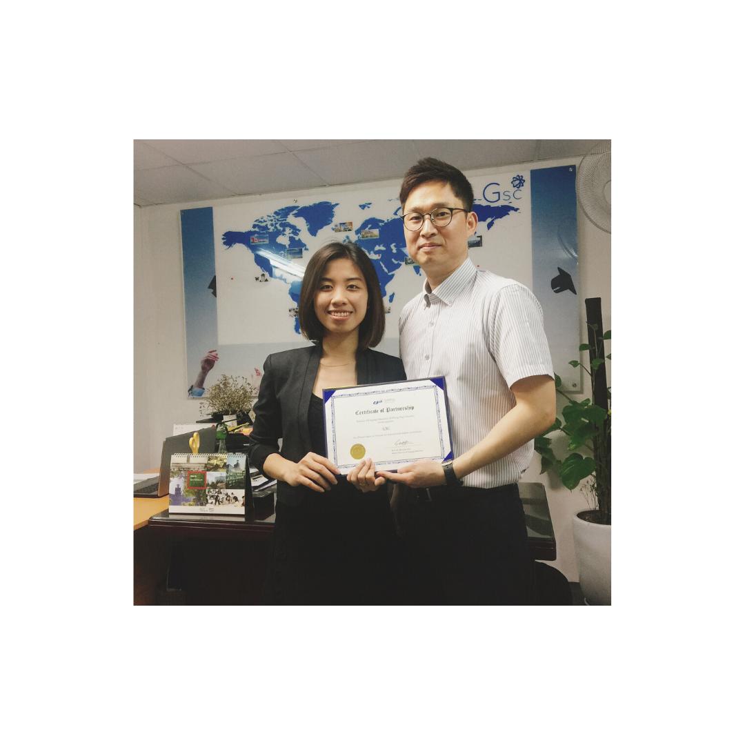 Gsc và đại diện trường Chungang, Hàn