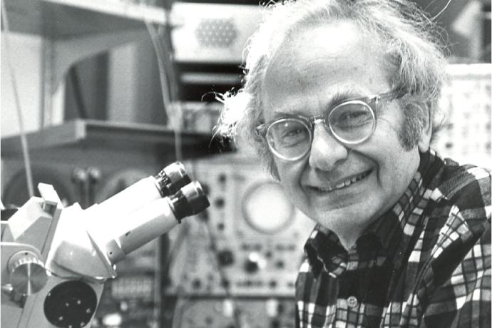 David Hubel, BSc'47, MDCM'51,  là người nhận giải Nobel Y khoa năm 1981 vì công trình đột phá của ông về nhận thức thị giác.