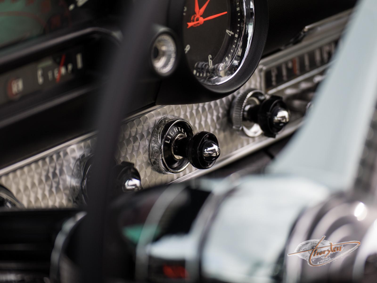 Ford Thunderbird (...Ein Traumfahrzeug im Traumzustand - originaler geht nicht)