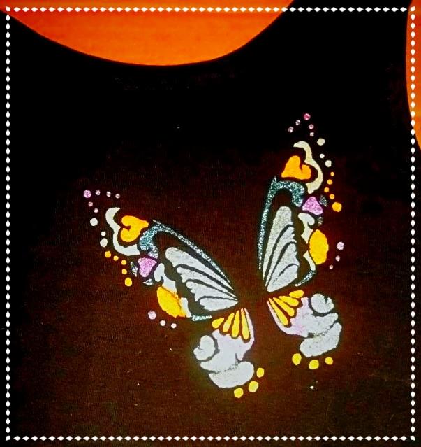 Schmetterling auf einem Baumwolltop