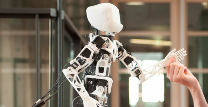 Inspiring Robot: Poppy - personalrobotics