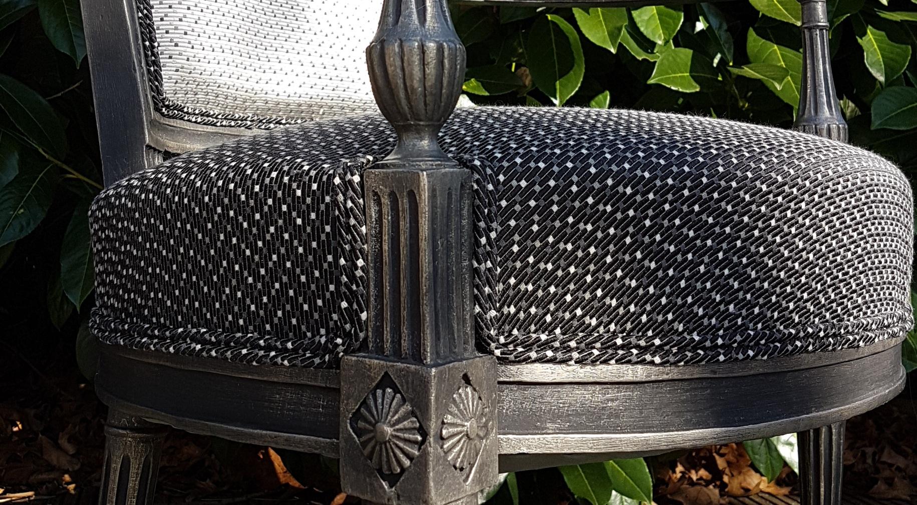 ambiance tapissier tapissier d corateur cestas site de renovation fauteuil. Black Bedroom Furniture Sets. Home Design Ideas