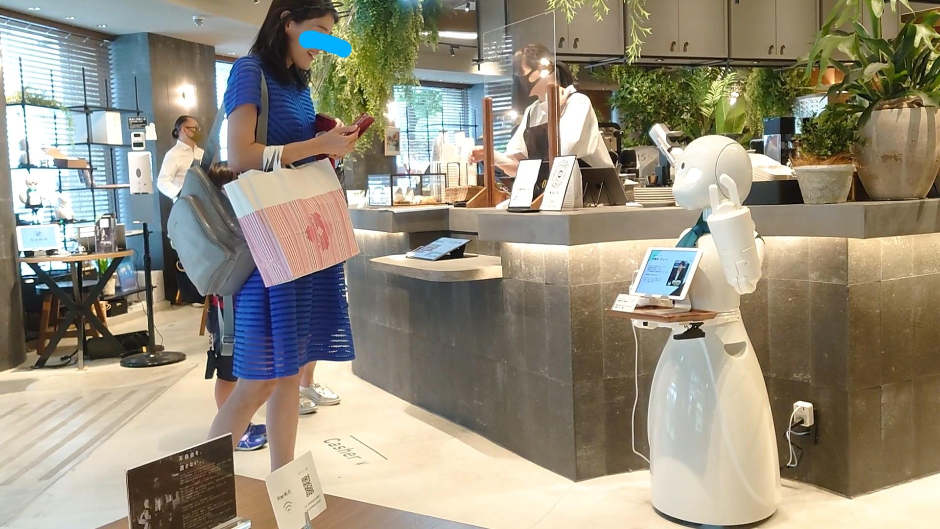 ロボットカフェに行って来ました