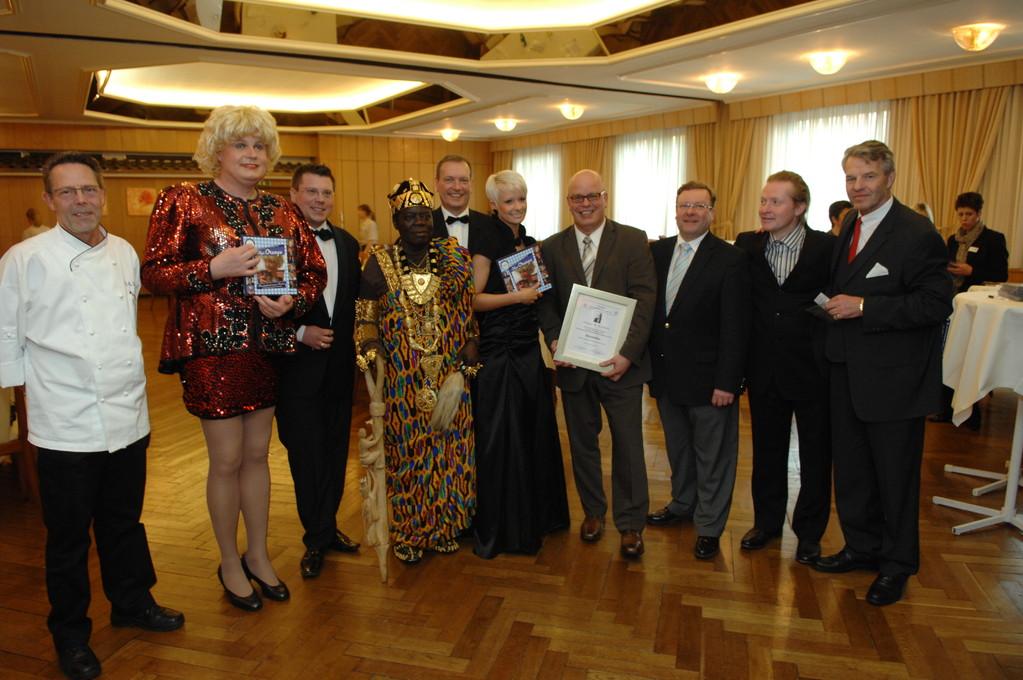 Olga Orange,Frank Füglein, König Bansah, Michael Hofmann, Christin Stark, Jürgen Grobbin, Joey Kelly
