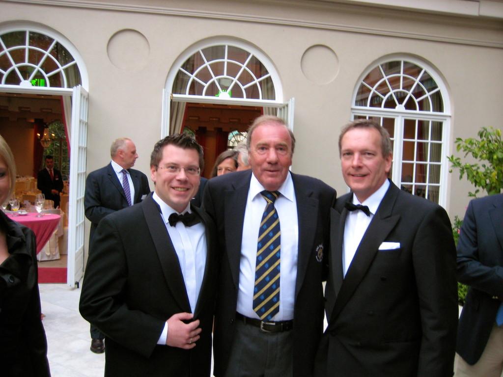Frank Füglein, Frank Fleschenberg (Präsident der Eagles), Michael Hofmann