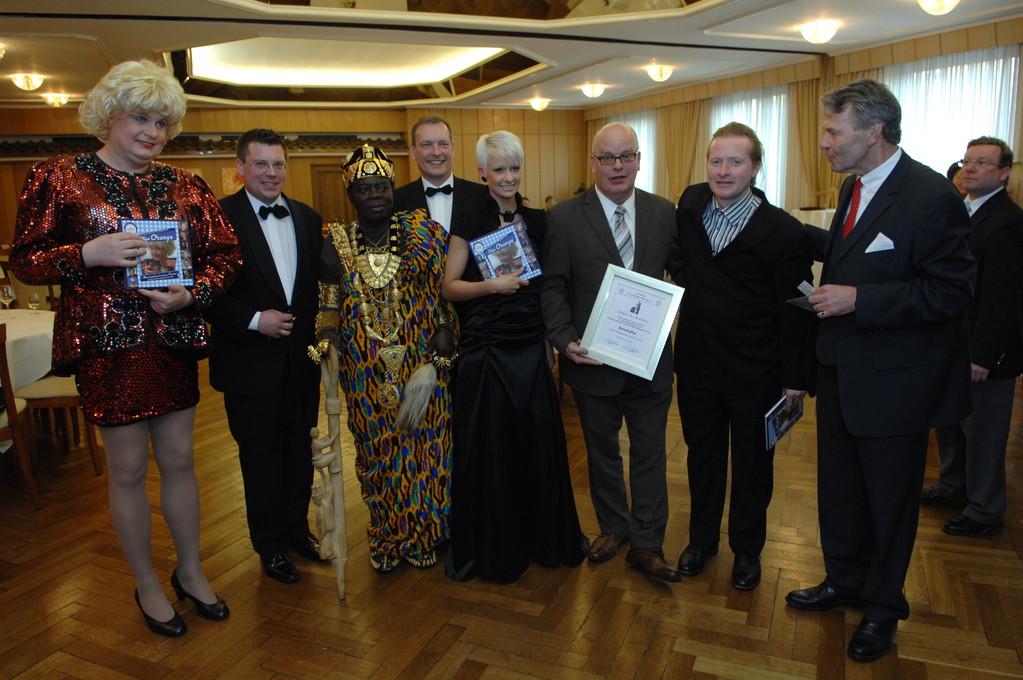 Frank Füglein, König Bansah, Michael Hofmann, Christin Stark, Jürgen Grobbin, Joey Kelly, Dr, Kindermann