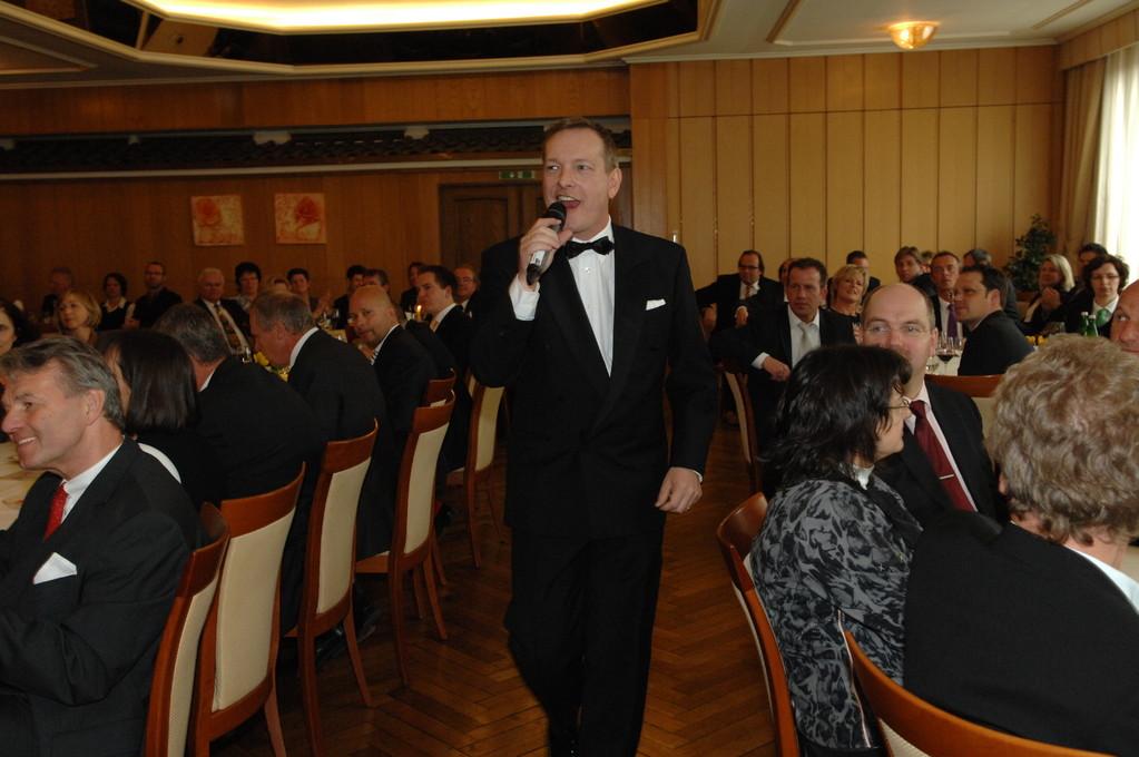 Michael singend im Publikum
