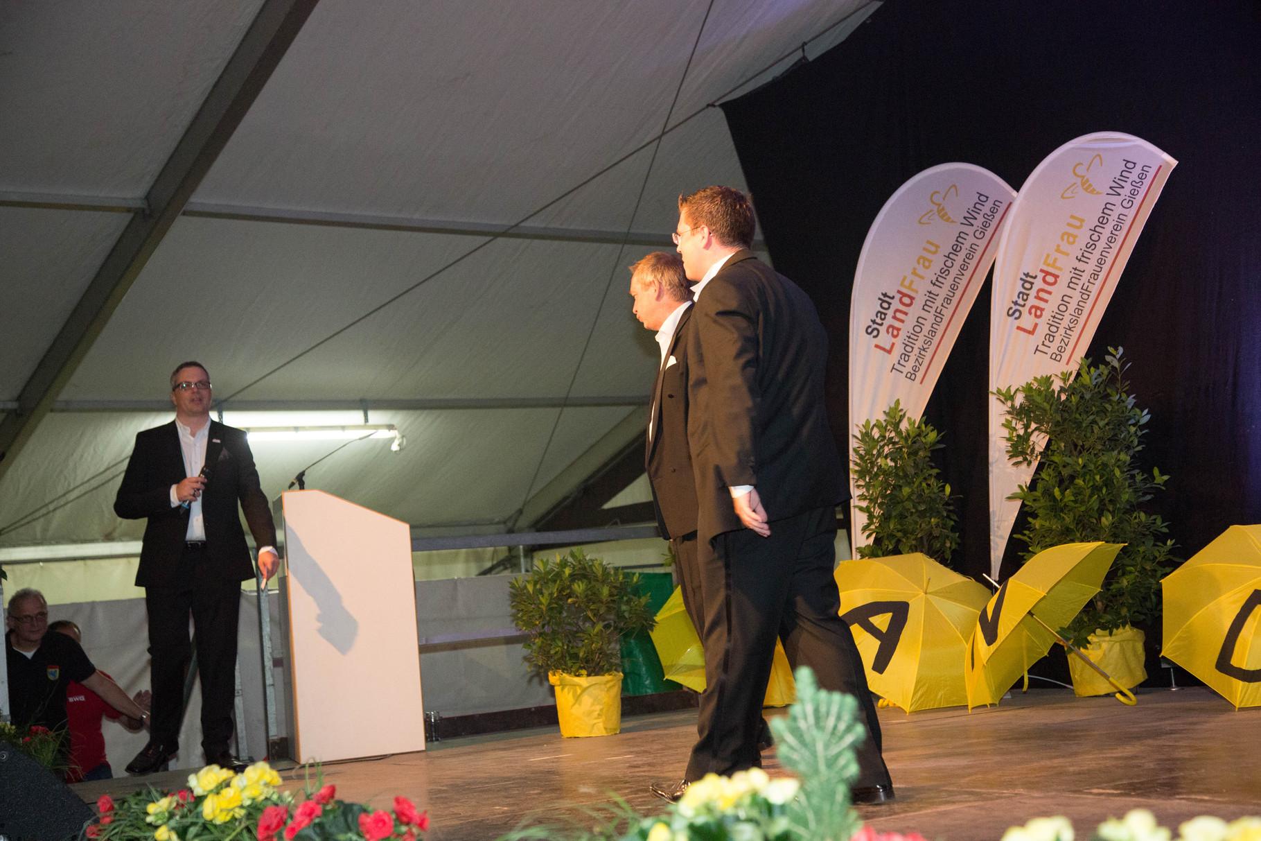 Johannes Scherer eröffnet mit Frank Füglein und Michael Hofmann