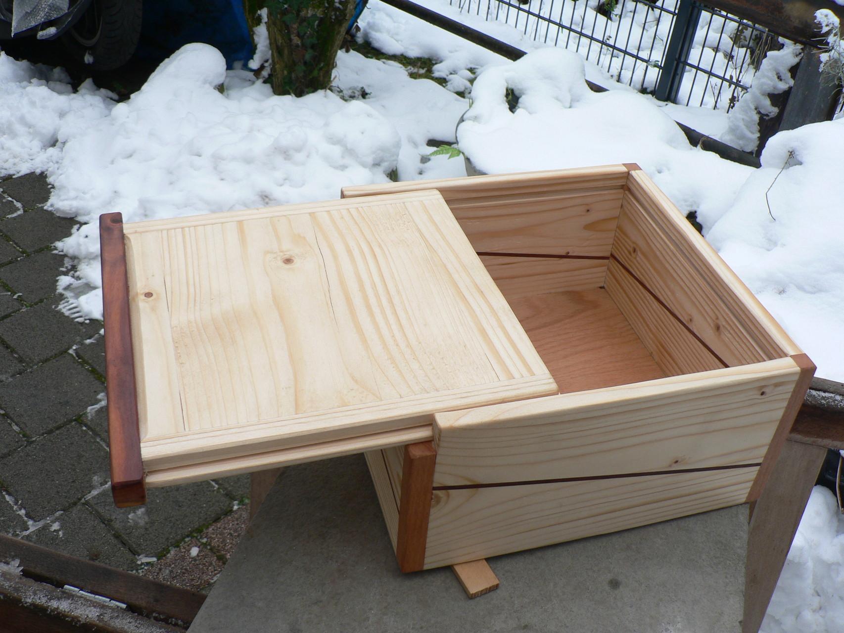 Neue  Kiste für Bauklötze