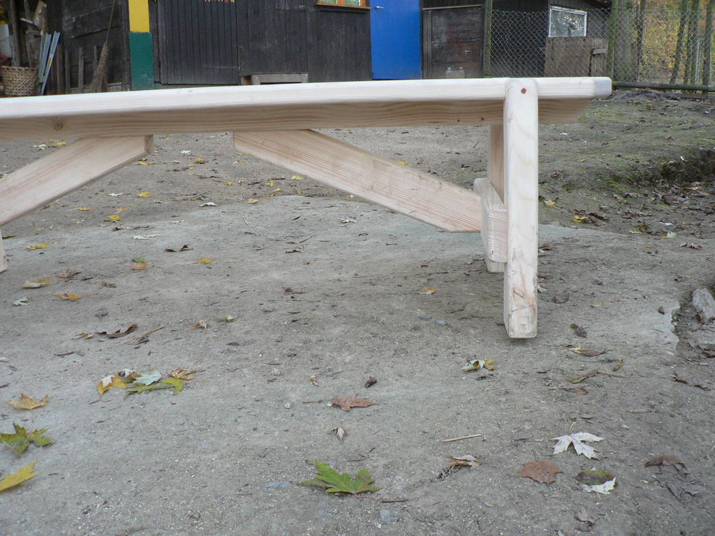 Stabile Gartenbank aus Fichte