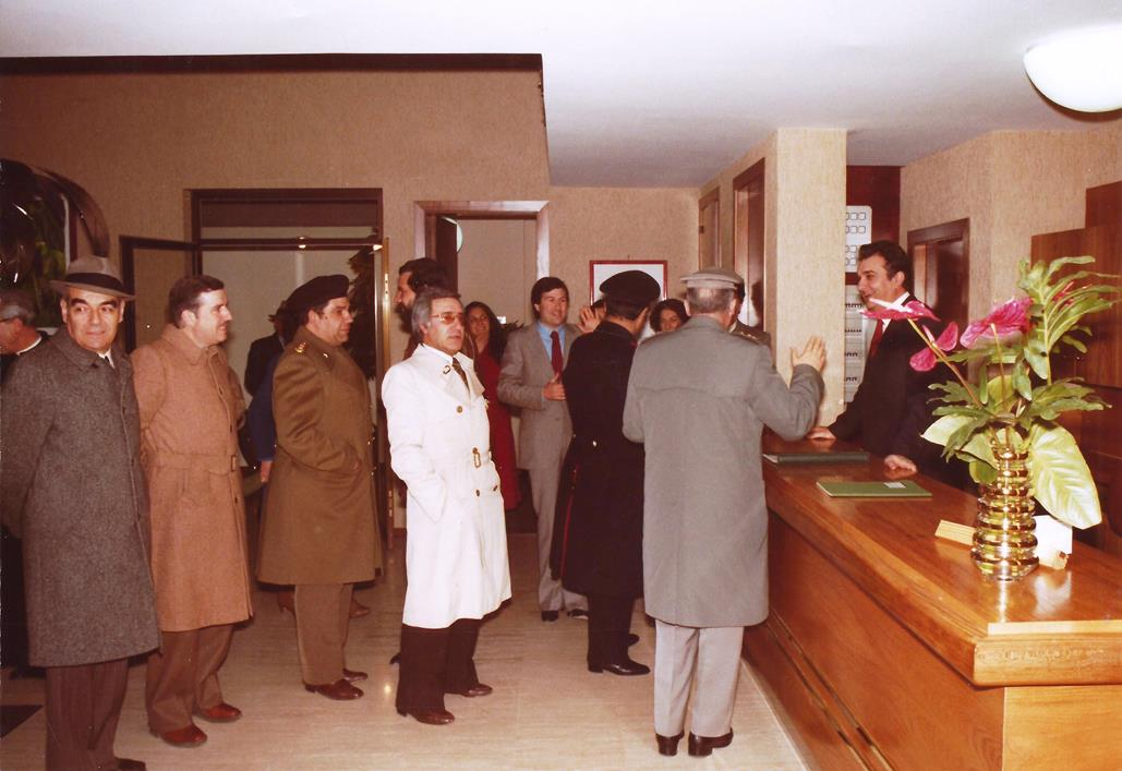 Alla reception il primo portiere Ubaldo Lalli, in hotel fino alla pensione, nel 1995