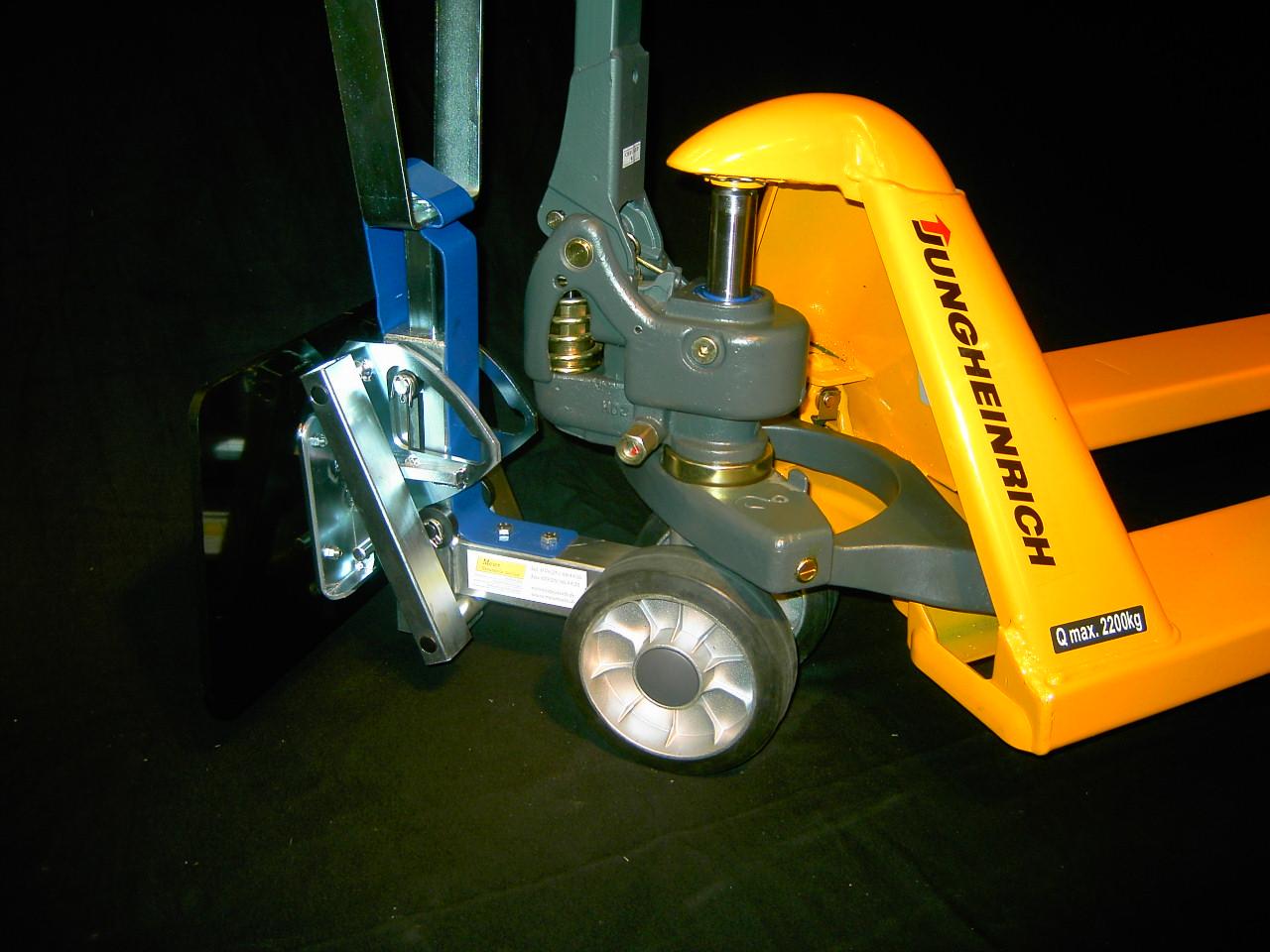 Jungheinrich Hubwagen - Schleppvorrichtung