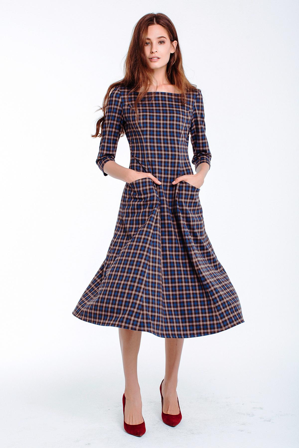 Talliertes Kleid, kariert
