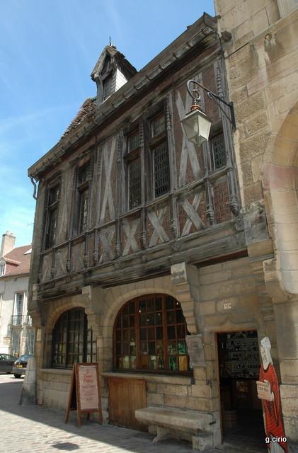 rue de la chouette (maison Millière)