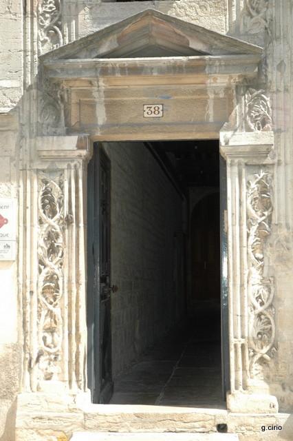 38 rue des Forges (entrez pour visiter)
