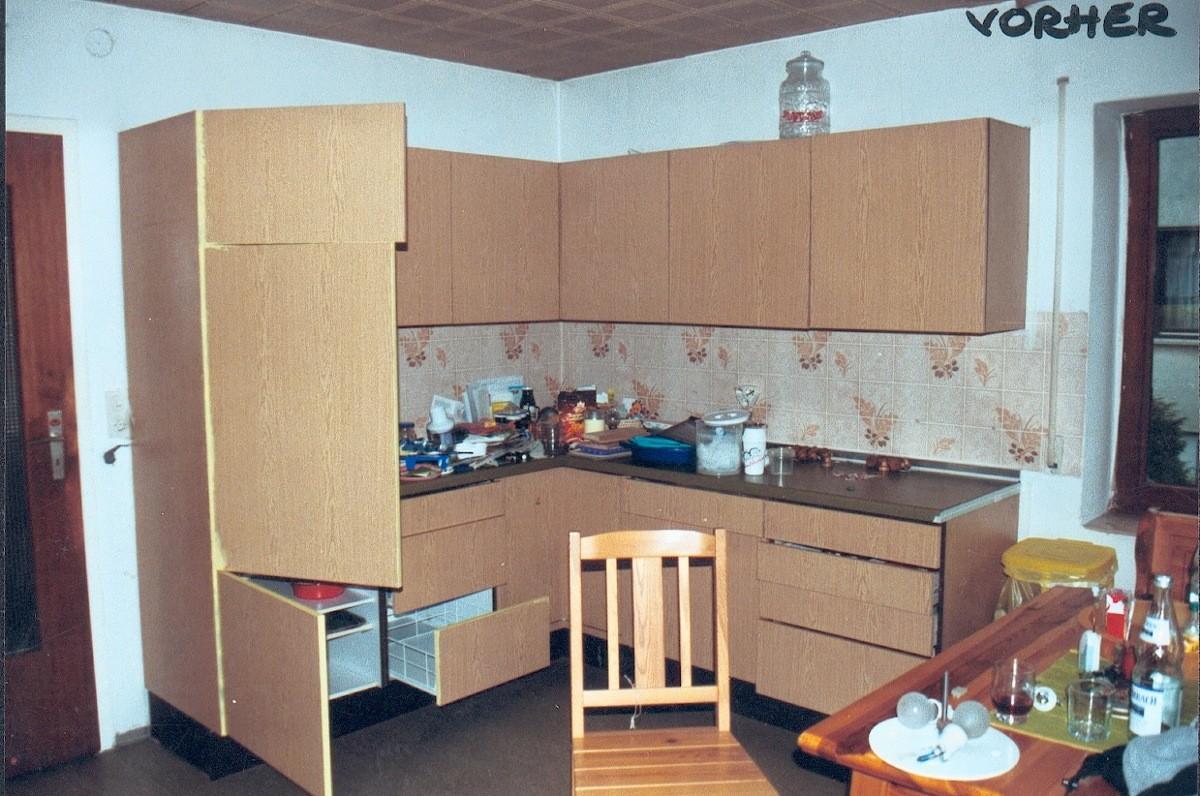VORHER: alte Küche