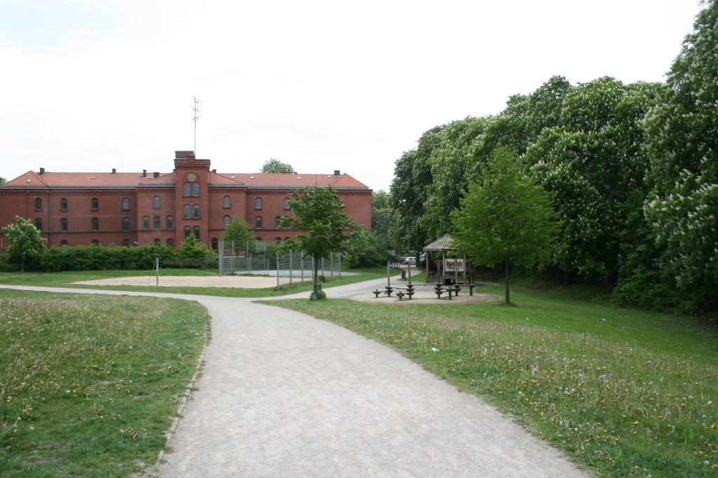 Rote Erde - hier befand sich früher der Sportplatz des Polizei-Sport-Vereins