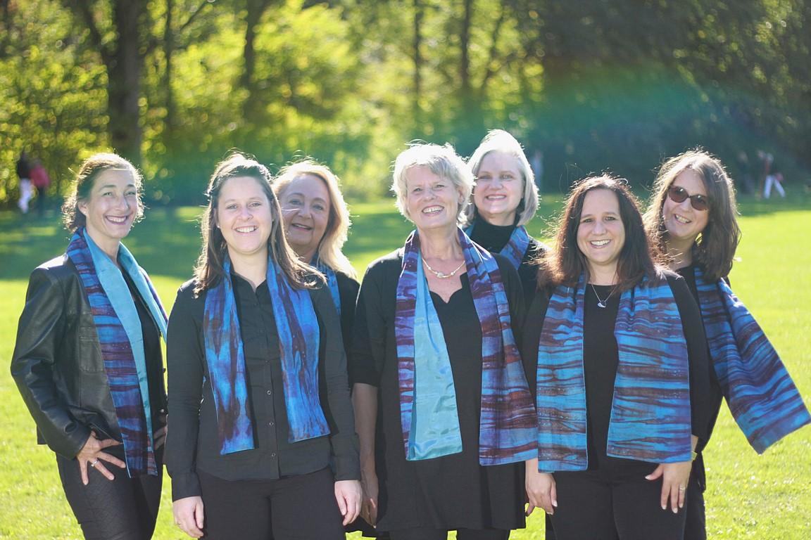 Angelika Henrichs mit allen Solistinnen