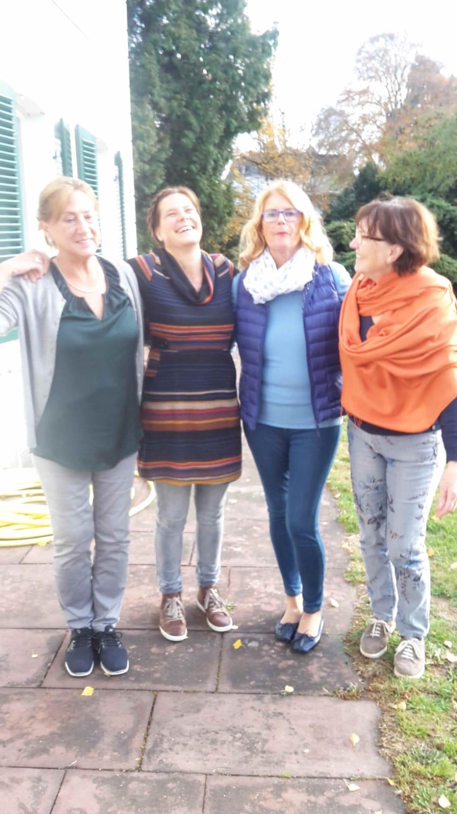Pause: Gabi, Anke, Brigitte und Marianne