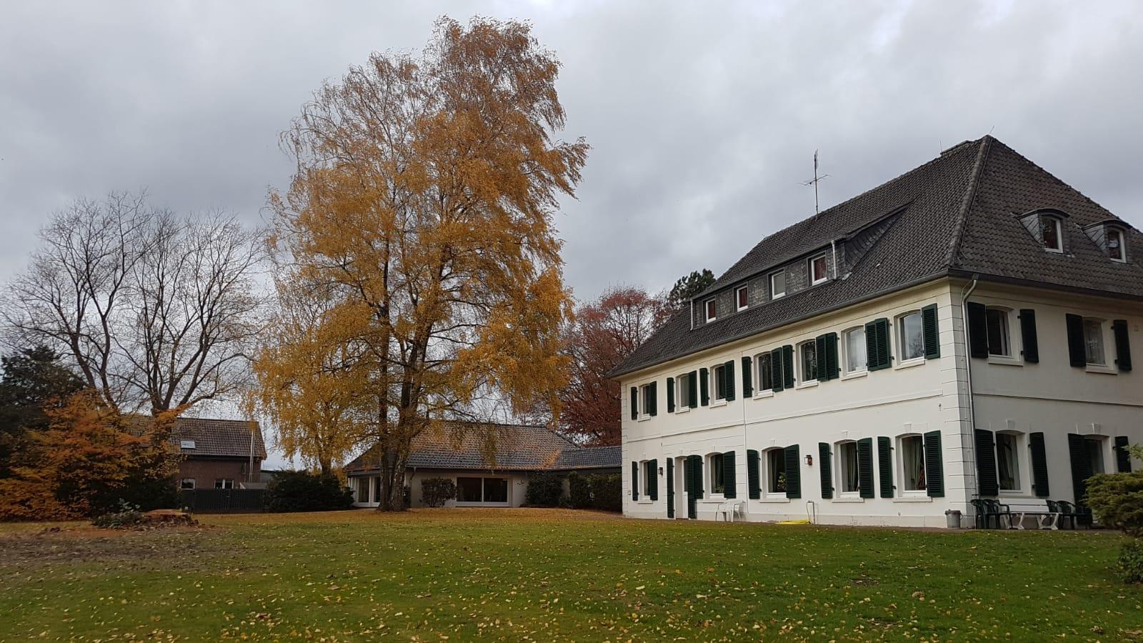 Der Heydevelthof mit seinem Außengelände
