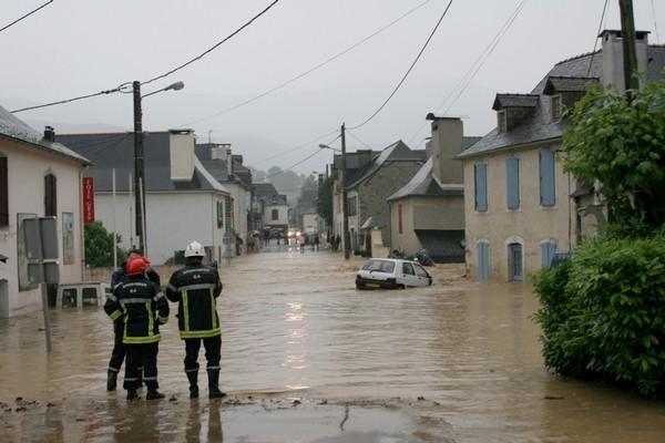 Les pompiers arrivent rapidement sur les lieux. © Association Bien Vivre à Bruges