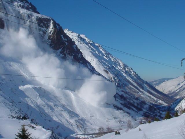 Avalanche en aérosol à l'Hospitalet-près-d'Andorre. © DDT 09