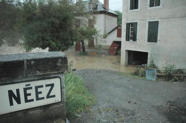 Neez en décrue sous le pont de Rébénacq © Mairie de Rébénacq
