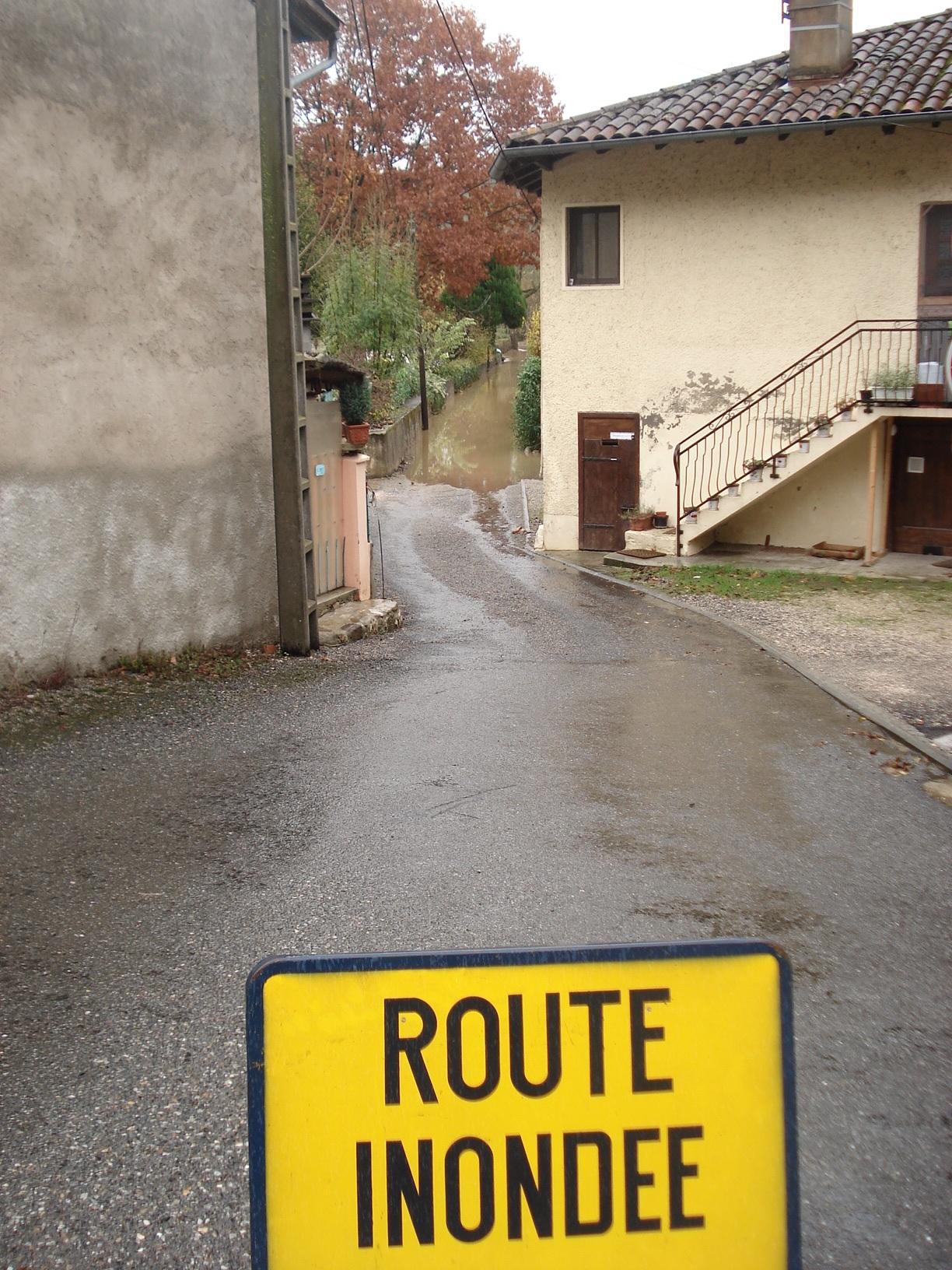 Route impraticable au Mas d'Azil. © DDT 09