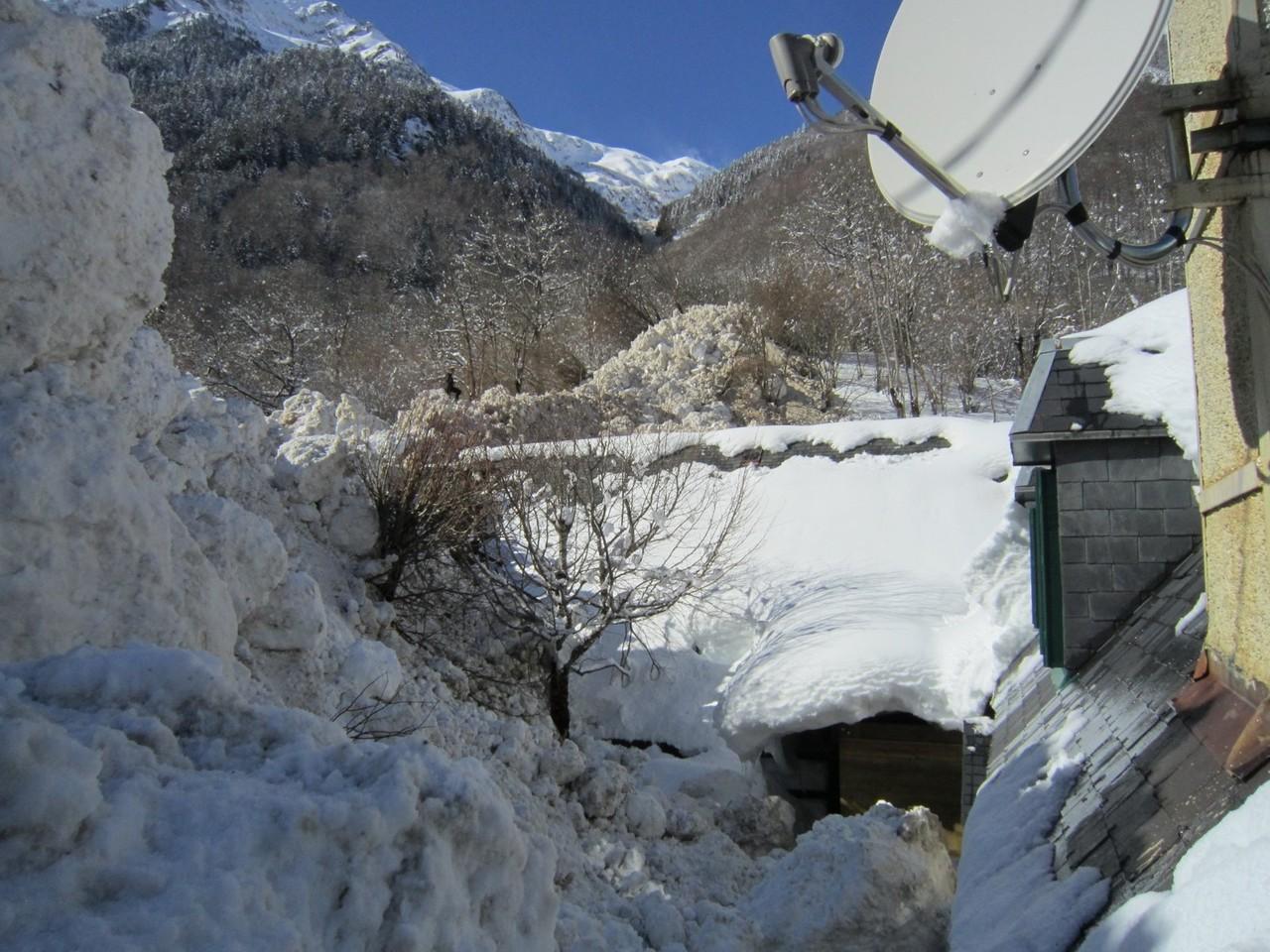 L'avalanche est partie 1000 m plus haut © Mairie de Luchon
