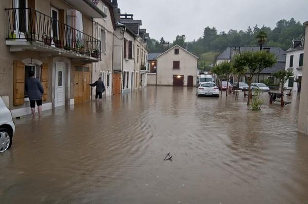 Nay à nouveau sous les eaux © Clément Jaglin