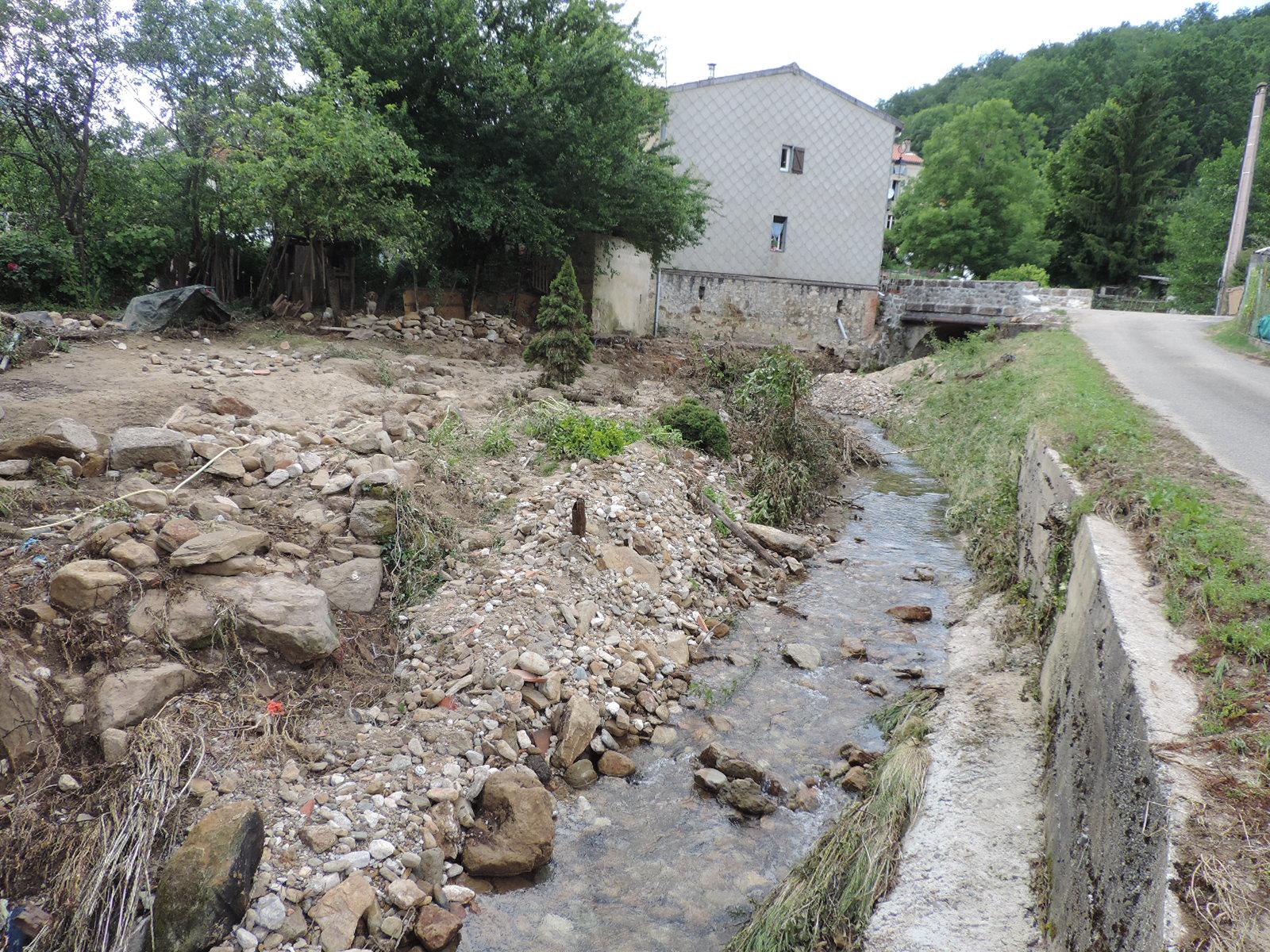 Décrue du ruisseau à Lesparrou. © DDT 09