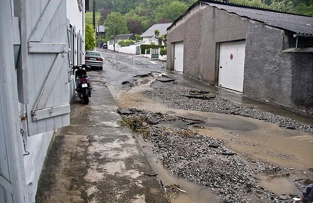 Le chemin de l'Angladure après l'orage © Clément Jaglin