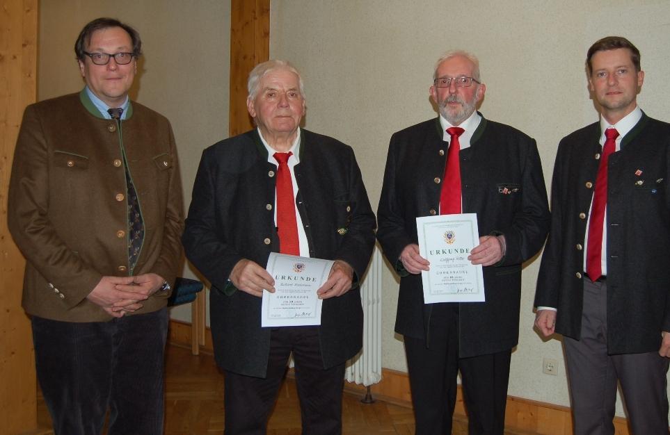10 Jahre Mitglied im Bläserkorps:: Wolfgang Roller, Richard Riedemann