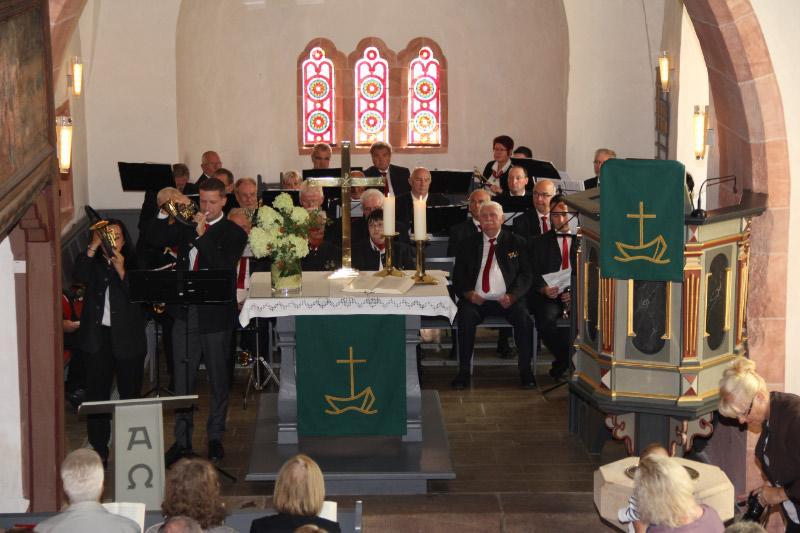 Jagdhörner passen nicht nur zur Hubertusmesse in die Kirche