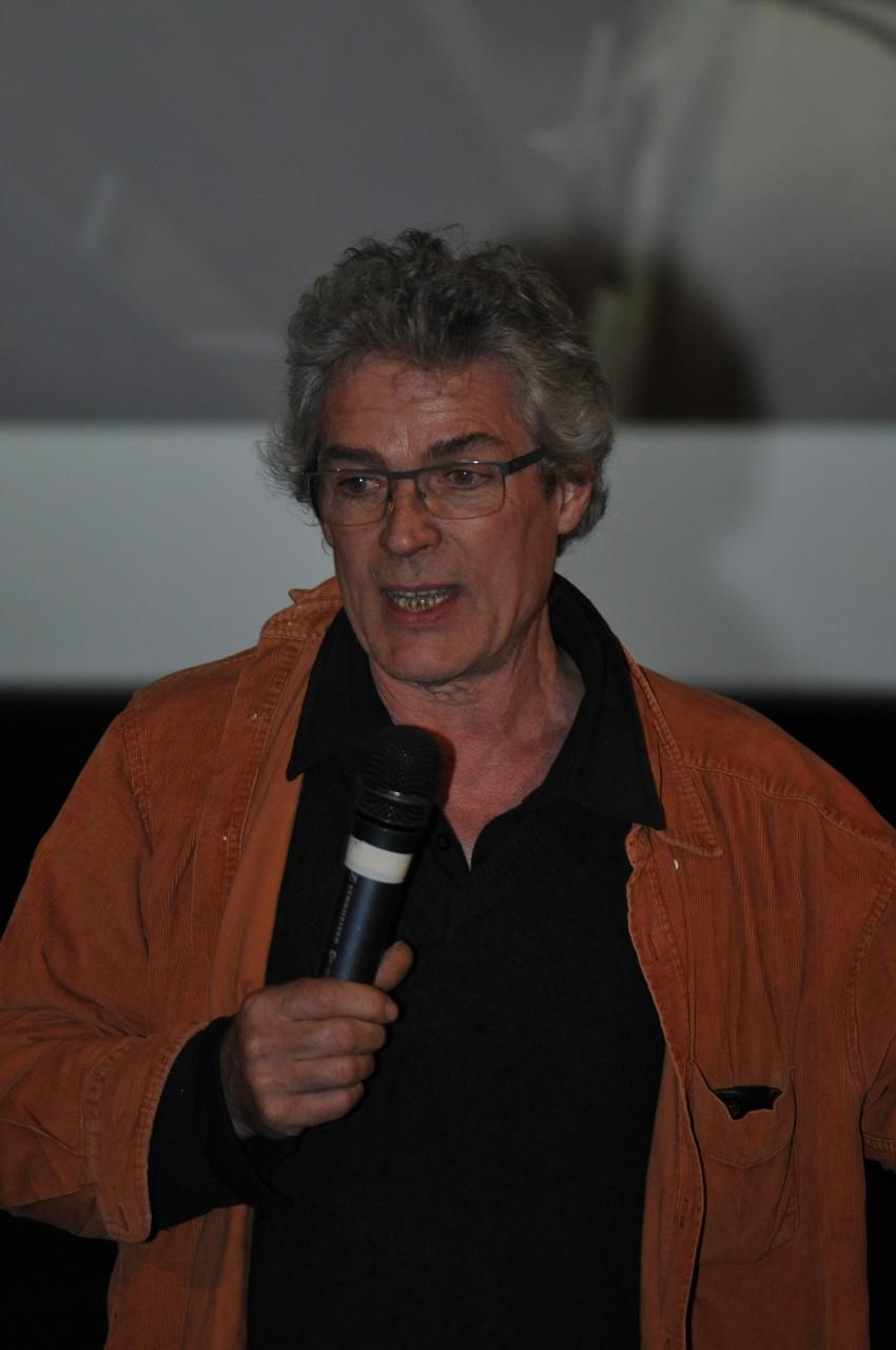 Benoit Coignard, restaurateurd'oeuvre d'art, répond aux questions du public sur  Sous le regard de Neptune
