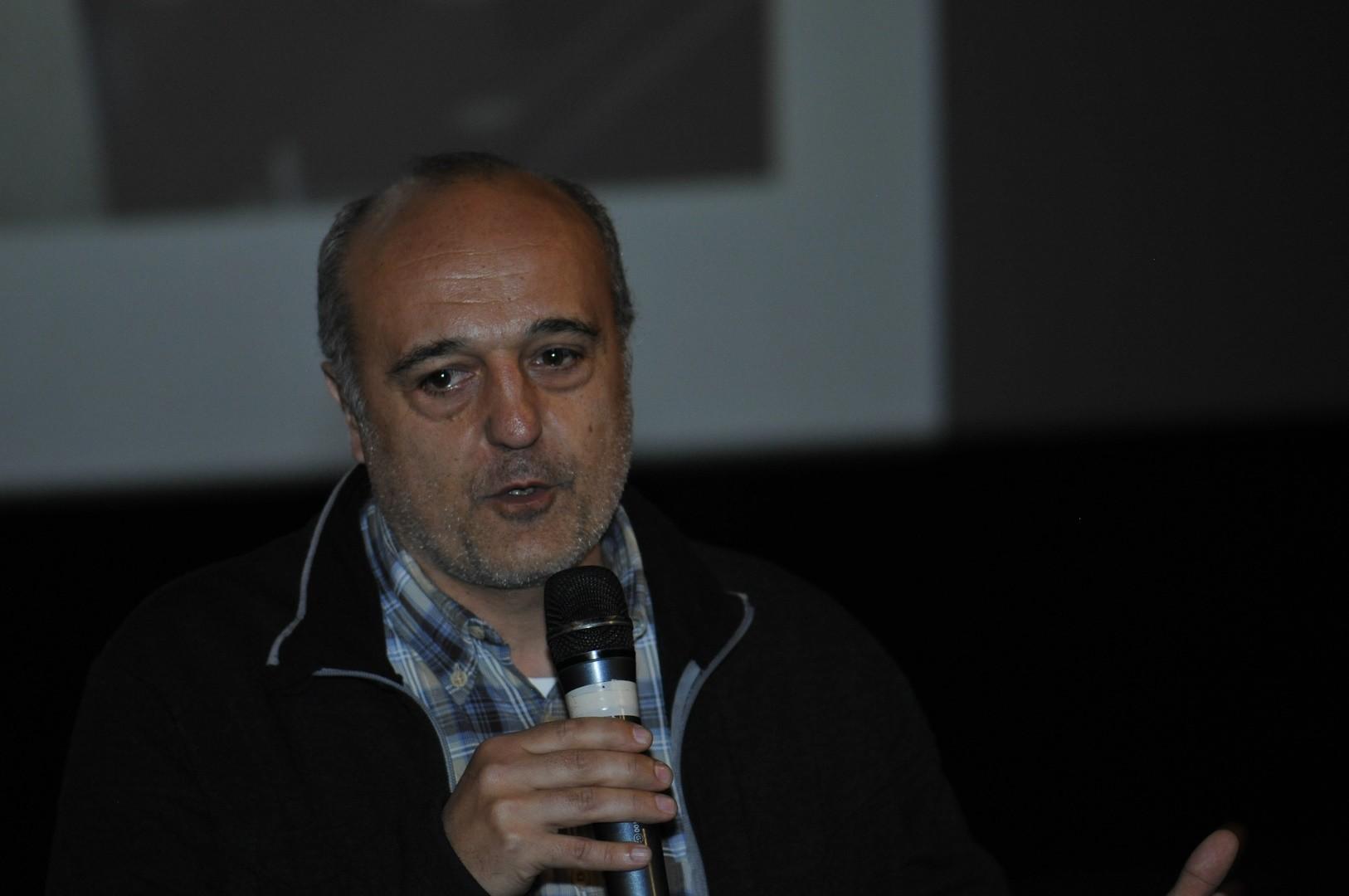 Stéphane Kowalczyk, réalisateur, présente Sous le regard de Neptune