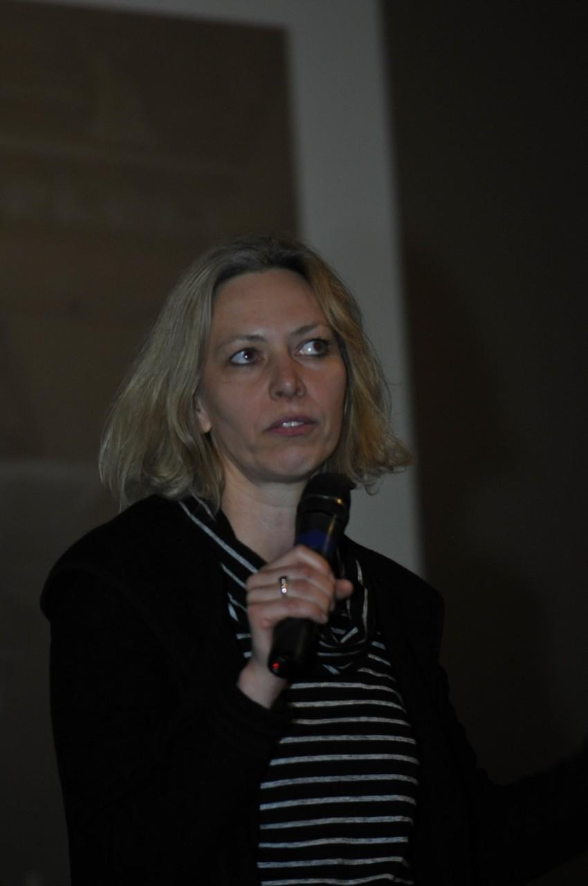 .Ina Reiche, directrice de recherche au CNRS, directrice du laboratoire de recherche des Musées Nationaux de Berlin, répond aux questions du public sur L'art pariétal au temps des rayons X