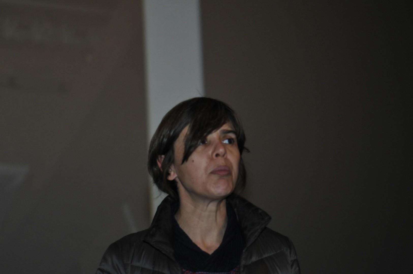 Juliette Garcias, réalisatrice, présente La Victoire de Samothrace, une icône dévoilée