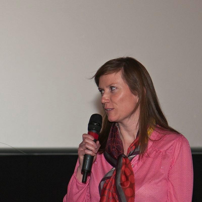 Caroline Briner, lauréate du Prix Jules Verne-Amiens Métropole (1500 euros) récompensant le film faisant ressortir le mieux l'aspect aventure humaine de l'archéologie pour son film « Ma maison à Boroo Gol »